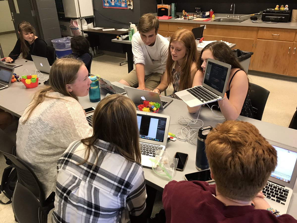 2019.mobilemakers.barrington.classroom